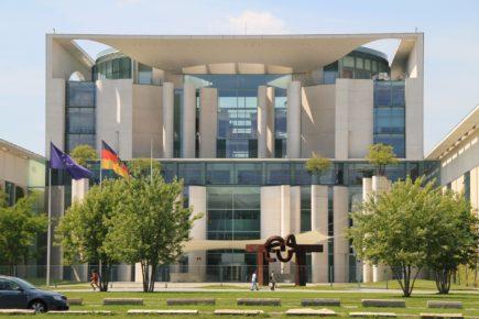 Kanzlerkandidatur-Gezerre der Union – Schaden für Bayern