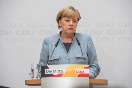 Angekündigter Merkel-Rückzug auf Raten ist Anzeichen einer Volksparteien-Dämmerung